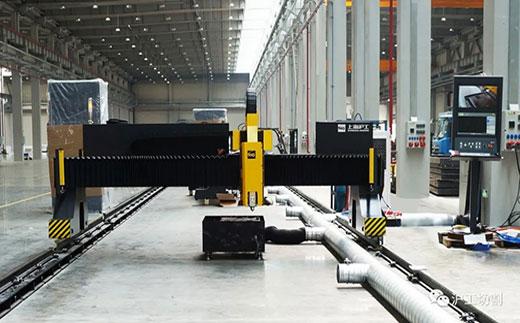沪工沪工10米大幅面龙门光纤激光切割机有限元优化横梁高配驱动系统