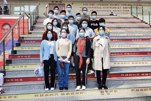 上海沪工组织开展无偿献血活动